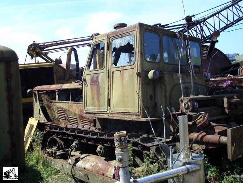 Тракторы гусеничные: покупка и продажа, цены - торговая.