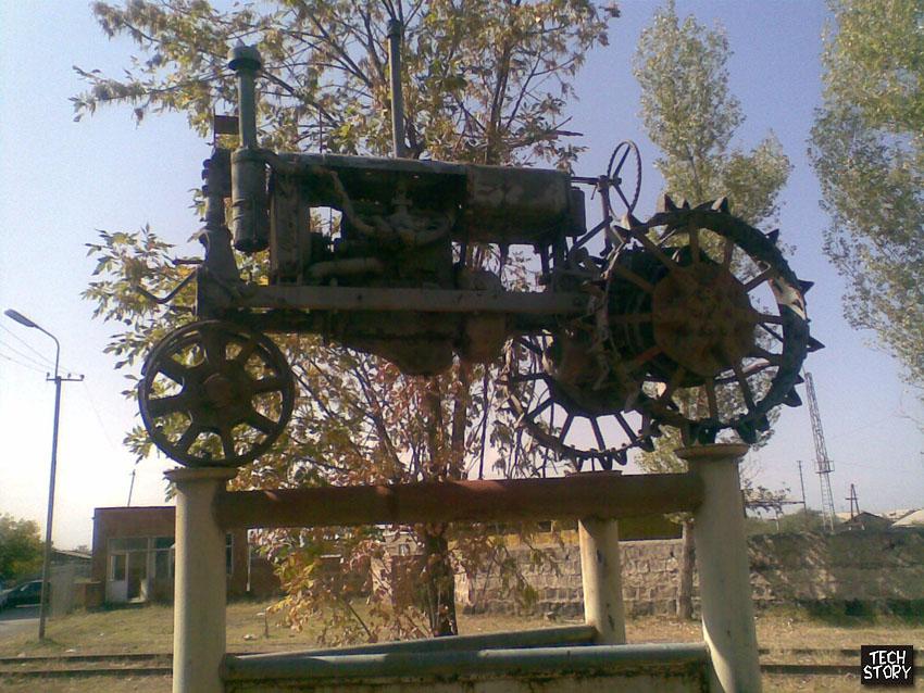 Колесные, гусеничные и мини-трактора ВТЗ: технические.